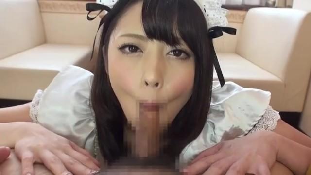 桜井あゆがメイド姿でフェラ